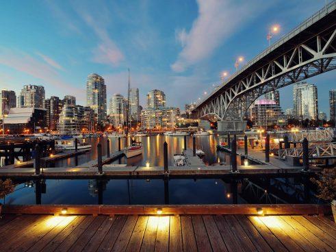 Vancouver Furnished Suites Skyline